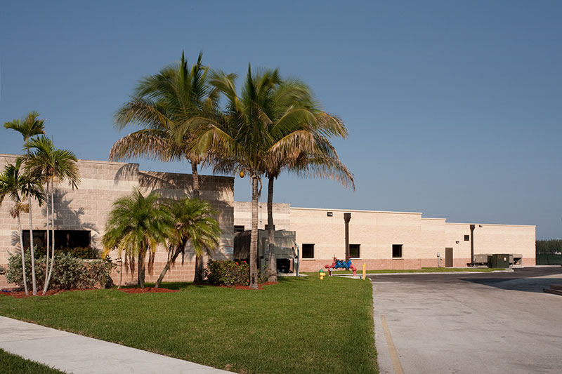 homestead afb big and beautiful singles The patrick afb is located south of cocoa beach florida on a barrier island nestled between the atlantic ocean and the banana river the installation supports the space shuttle and rocket launches from cape canaveral air station.